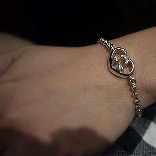 Branded Bracelet : Gucci Heart-shaped Interlocking G Charm