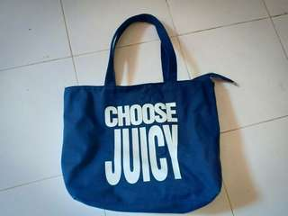 Tas choose juicy