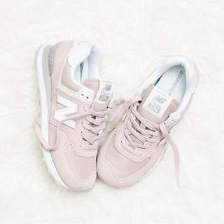 [IN DEMAND] New Balance 574 Trainers Dreamy Pink