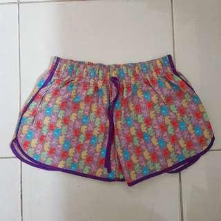 Celana pendek thailand