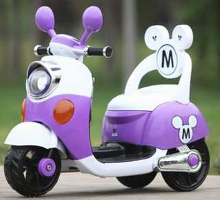 Mickey & Minnie Electric Scooter