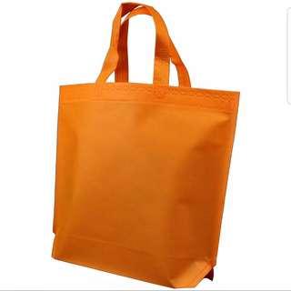 Non-woven Bag /Non woven bag Recycle Bag / Carrier bag / Running Bag / Fashion bag / Retail bag