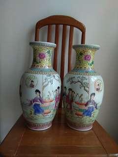 60年代瓷花瓶一对Porcelain Vase大清乾隆年製款