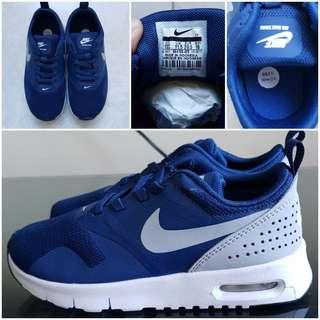 Brand New Nike Air Tava