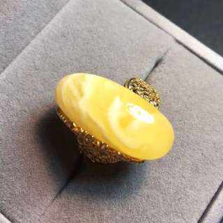 1⃣️Mother's day gift. Natural honey wax ring.