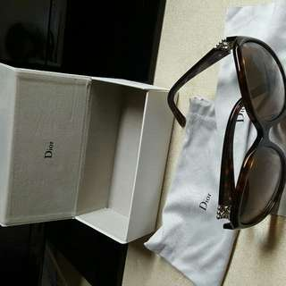 DOIR sunglasses