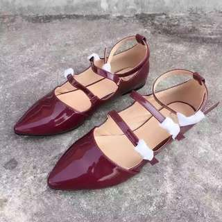 🚚 全新大碼44 復古瑪麗珍酒紅色平底包鞋