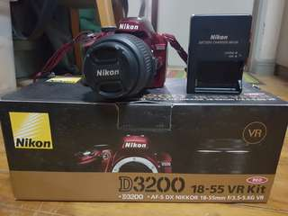 Nikon D3200 (Red)