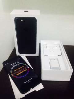 Rush iPhone 7 128gb Jet Black Openline