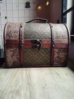 Vintage Treasure Box Set
