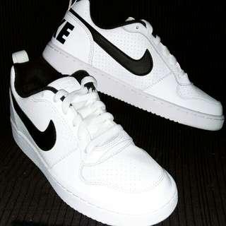 Nike Borough (low)