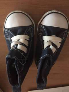 H&M shoes in size 18/19