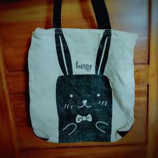 Bunny Big Black Broken White Hand Bag