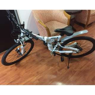 High end mountain bike with shimano hydraulic brake