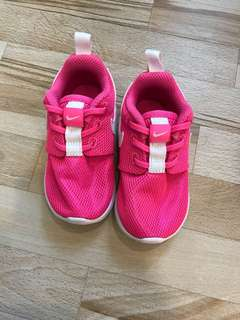 Nike Roshe One (TDV) 5C pink shoes