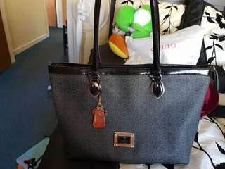 Guess woman handbag