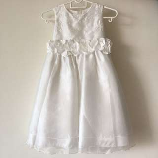 White Flower Girl Dress - 6 years old