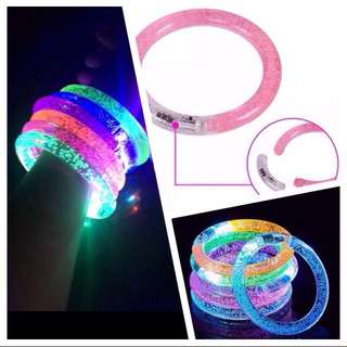 Glowing & Flashing Color Changing LED Light Bracelet, battery operated & comes with battery [uncle anthony] FOR MORE PICS & DETAILS, 👉 http://carousell.com/p/165407098