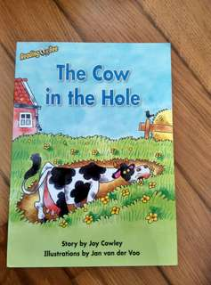 Reading Bee Storybook <The Cow in the Hole>