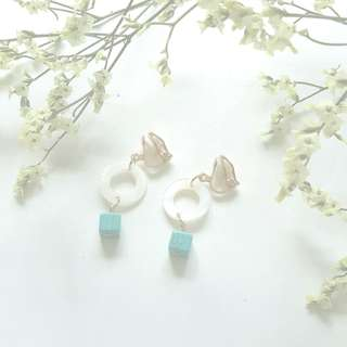 { Sweet & Dainty, Retro, Minimalist - Ivory Circle Rings & Turquoise Square Cube Beads Clip-On No Pierce Earrings Jewelry }
