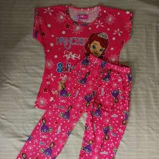 Girl's Pajama Set Fuschia 4-5T