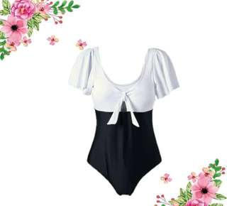 Plussize swimsuit with pads