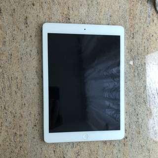 ipad air 1 (16GB)(白色⚪️⚪️⚪️)😻😻😻
