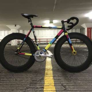 88mm carbon wheelset laced to gold novatec hubs, 15T eightinch cog