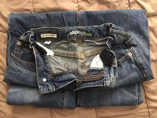166. Jeans