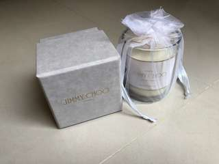 Jimmy Choo Jasmine and Lily Candle 茉莉花香蠟燭可燃燒35小時