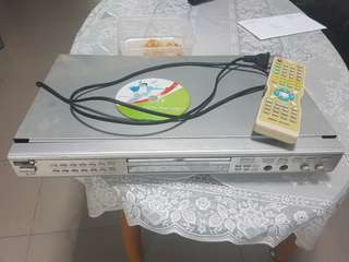 Karaoke dvd player with vcd song