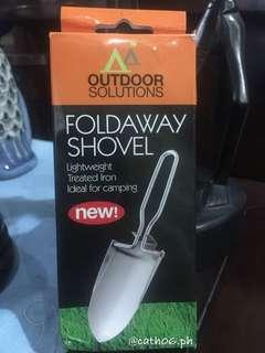 Foldaway Shovel