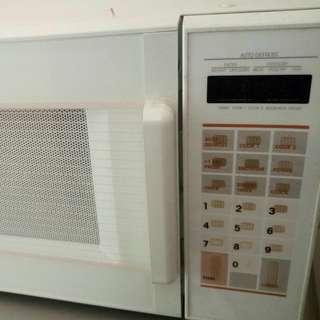 全新* 商用微波爐 Brand New Microwave