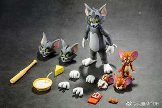 Tom and Jerry Articulated Toy by Dasin