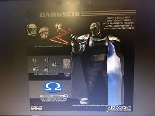 預訂10月 Mezco~One - 12 Collective Darkseid