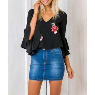 Embroidery V Neck Top