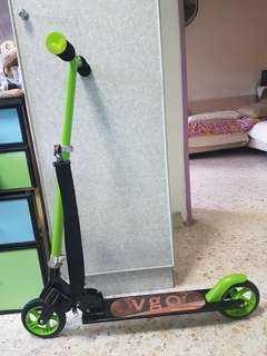 VGO kids kick scooter