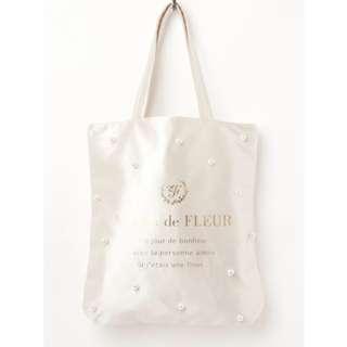 Maison de FLEUR Ivory Tote Bag with Pearl