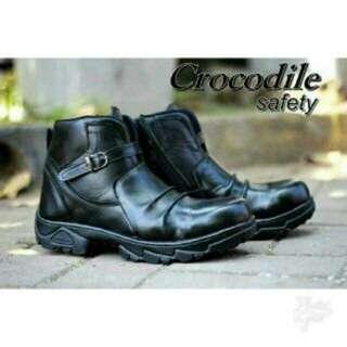 Boot Crocodile safety