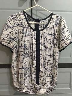 Taylor and co. Printed blouse