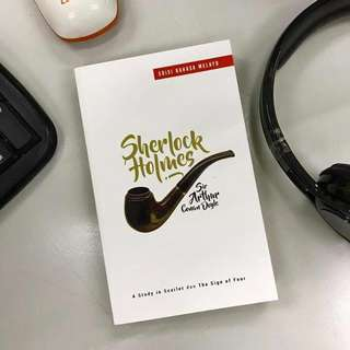 BUKU : SHERLOCK HOLMES (A STUDY OF SCARLET DAN THE SIGN OF FOUR) BM