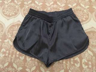 H&M Satin Shorts 24 waist