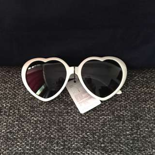 Heart Sunnies (White)