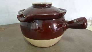 Brand New Clay pot for sale!