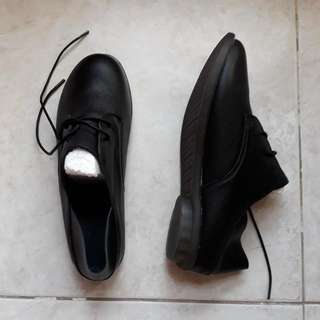 Bnip  Soft Real Leather Loafers Size 41