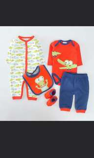 Baby Pyjamas, Rompers, Pants, Bibs and Booties 5 pcs Set