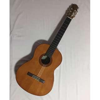 Yahama C40 Classic Guitar with Protective Bag