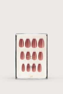 H&M press on nail