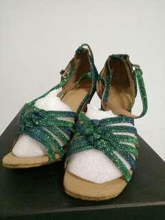 Ballroom dancing shoes