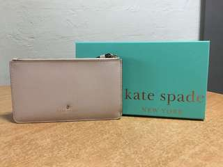 Kate Spade Gold Wristlet! Very Good buy $70 only!!